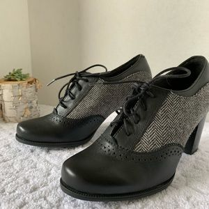 Clark's Claeson Pearl Oxford Shoes Size 7
